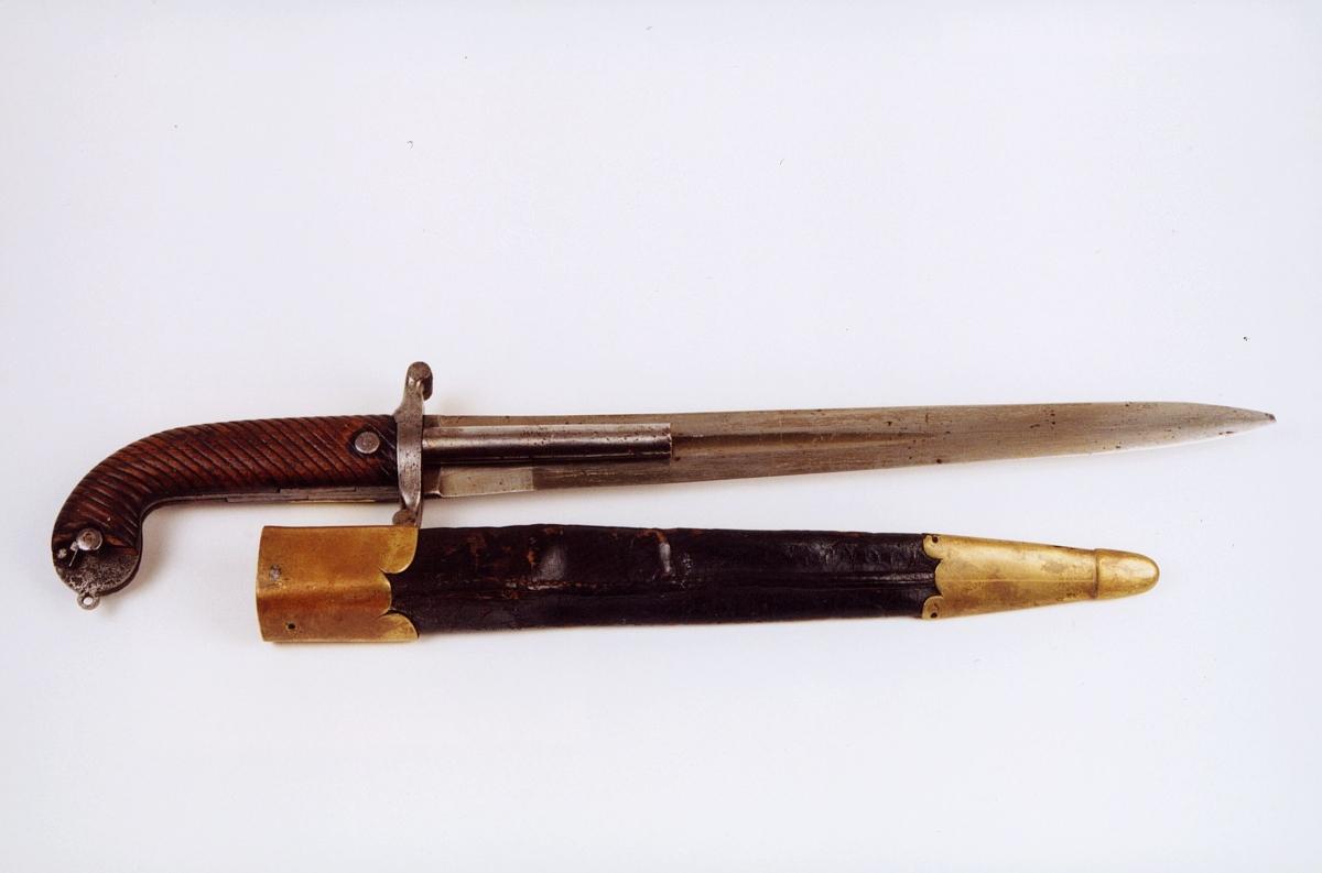 Postførerverge var både et stikkvåpen og et skytevåpen i ett. Foto: Maihaugen